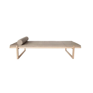 Minimal daybed | leather